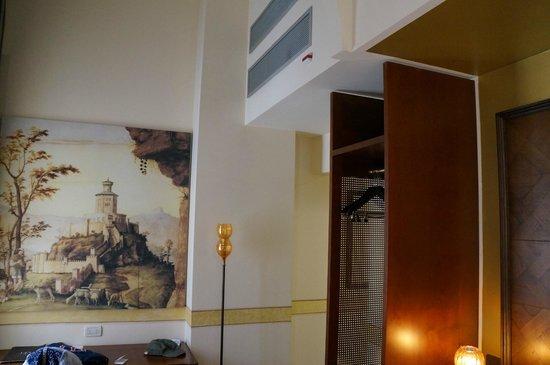 Hotel Dei Dragomanni: Внутри номера