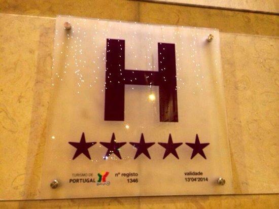 Hotel Real Palacio: Targa