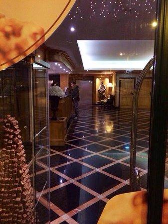 Hotel Real Palacio: Reception