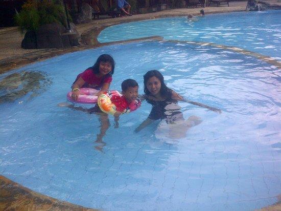 Melka Excelsior Resort Hotel: swiming