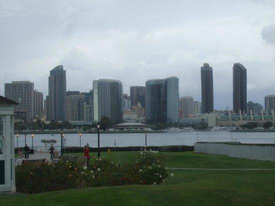 Old Town Trolley Tours of San Diego: San Diego Skyline