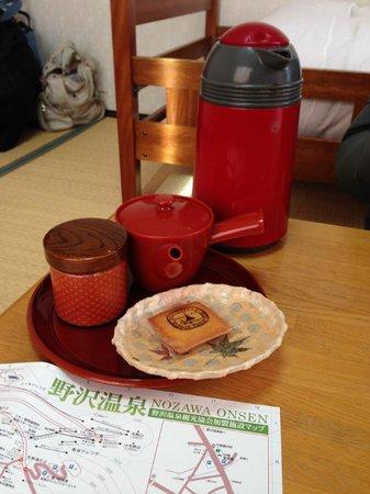 Sunrise Meijiya: treats after check-in