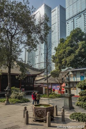 Holiday Inn Chengdu Oriental Plaza: Nearby Daci temple