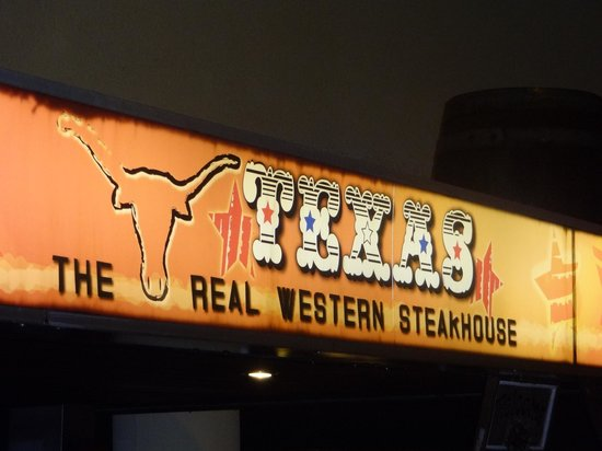Steakhouse Texas: Just follow your nose if you can't read the sign