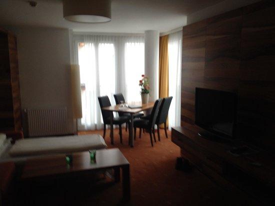 Hotel Grauer Bär: Suite Livingroom