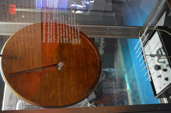 International Spy Museum: Reverse side of the thing