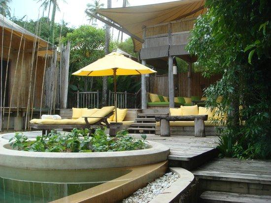 Soneva Kiri: Beach villa pool area