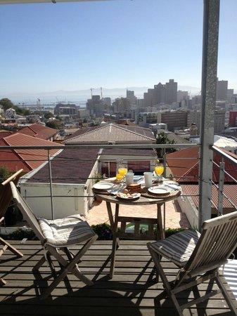 Upperbloem: Frühstück über Kapstadt