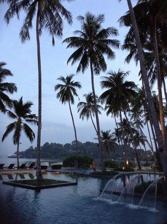 Crowne Plaza Phuket Panwa Beach : GROUNDS