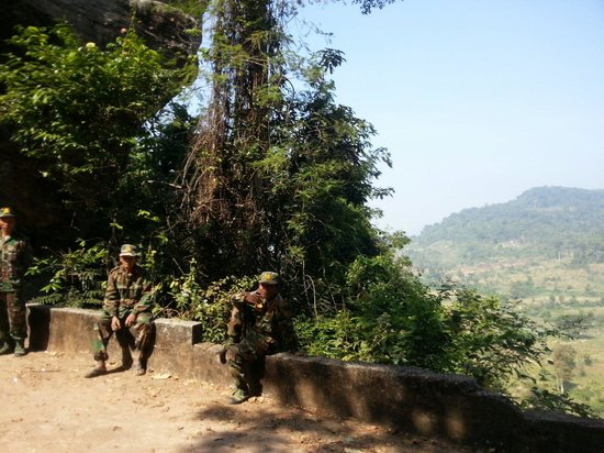 Phnom Kulen National Park: Soldiers