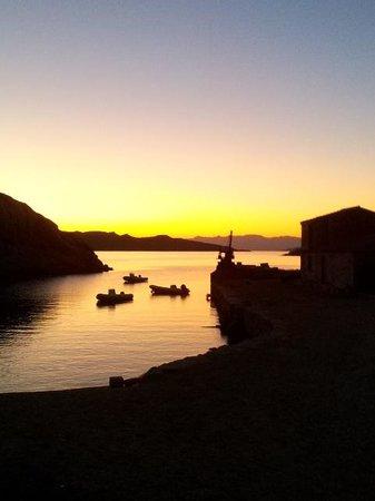 Resort Cava Francese: Il tramonto sulla baia