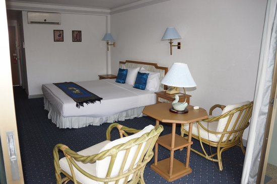 Wiang Indra Riverside Resort: Chambre