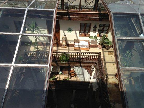 La Verriere Du Toit Depuis La Terrasse Picture Of Villa De L O