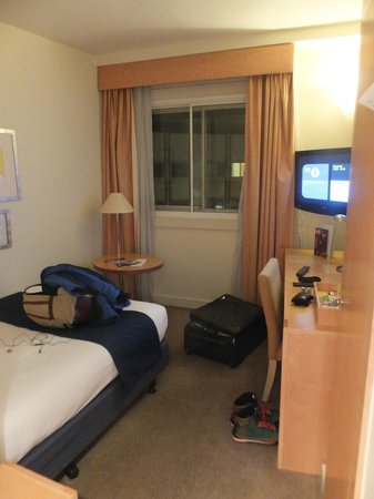 Holiday Inn London - Heathrow Ariel : Room