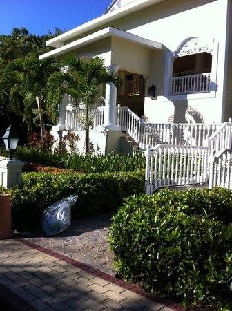 Luxury Bahia Principe Cayo Levantado Don Pablo Collection: Villa 12
