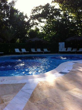 Luxury Bahia Principe Cayo Levantado Don Pablo Collection: Jacuzzi Pool
