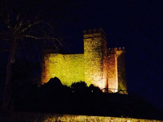 Castillo De Cortegana: Castle
