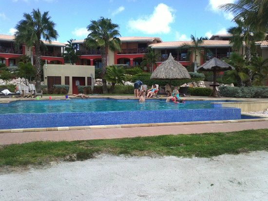 La Maya Beach Luxury Apartments : foto dalla piscina del la maya