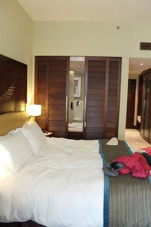 Sofitel Dubai Jumeirah Beach: Panoramica della camera