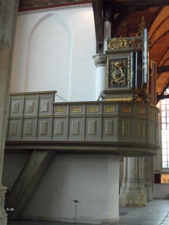 De Oude Kerk : Het koororgel .