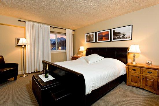 Red Tree Lodge: Mount Fernie Suite Views