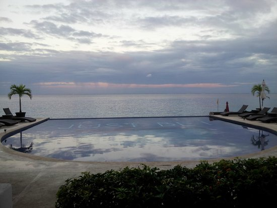 Hotel B Cozumel : View from our room