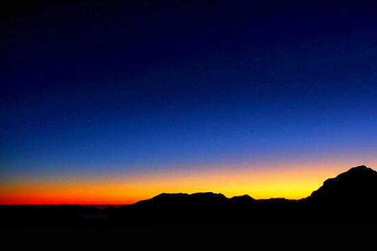Awaiting sunrise at hehuanshan picture of hehuan mountain