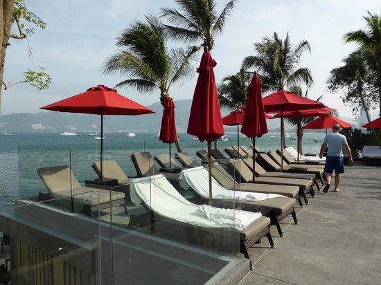 Amari Phuket: lower pool