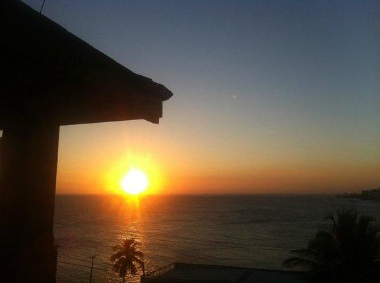 Pestana Bahia Lodge : Vista do quarto 502A, fim de tarde!