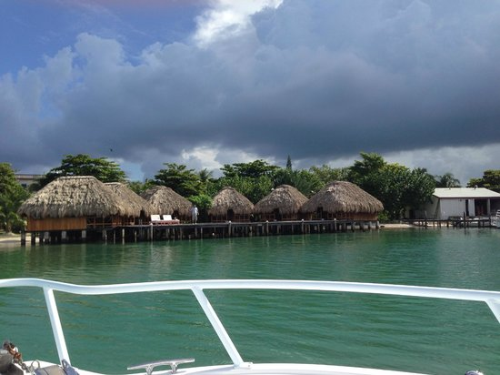 St. George's Caye Resort : View as we approach the resort
