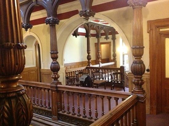YHA Haworth: the victorian corridor on the 1st floor