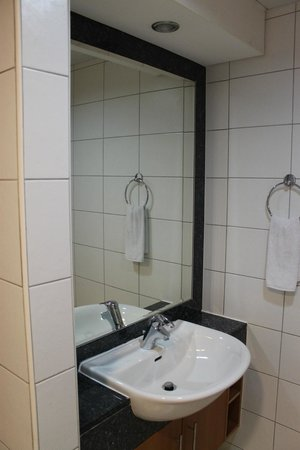 Al Salam Hotel Suites : Bagno grande