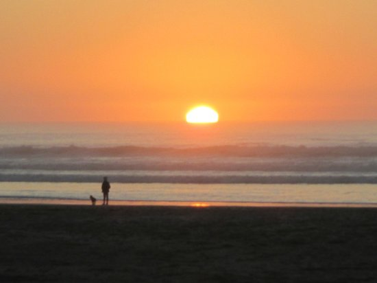 The Inn at Manzanita: Sunset at Manzanita