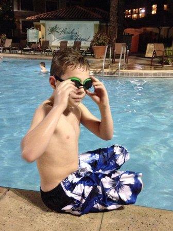 Floridays Resort: Enjoying the pool in December!