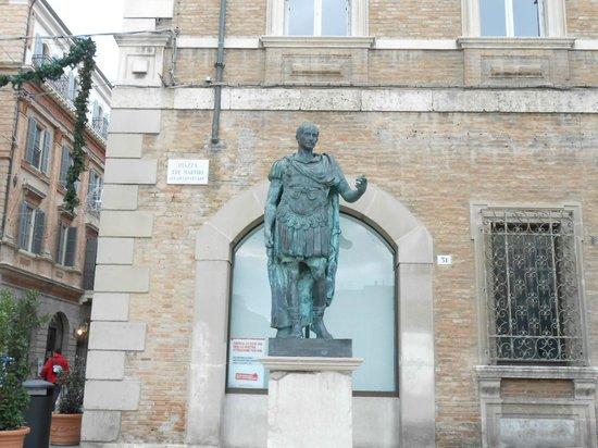 Rimini centro : Cesare