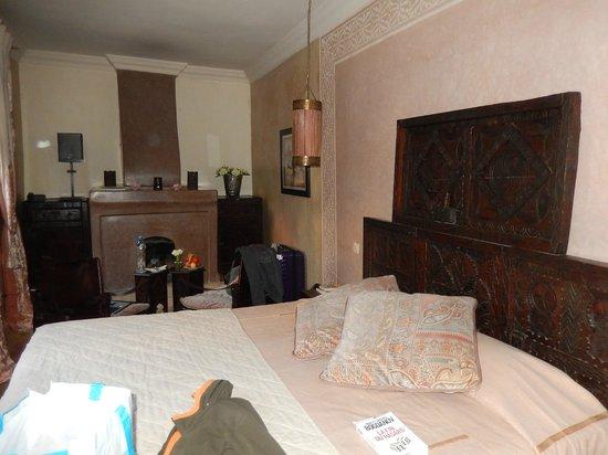 Riad Kheirredine: chambre rose