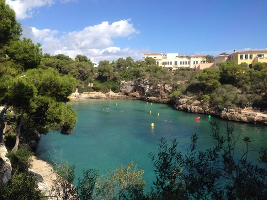 Hotel Cala Ferrera: View from pool