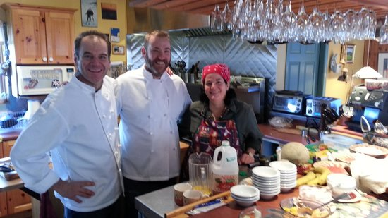 Auberge Le Lupin B&B: Pierre insisted I don a chefs coat for this pic of him and Sylvie (me in middle).