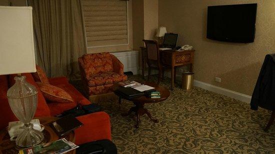 The Kimberly Hotel : pokój dzienny