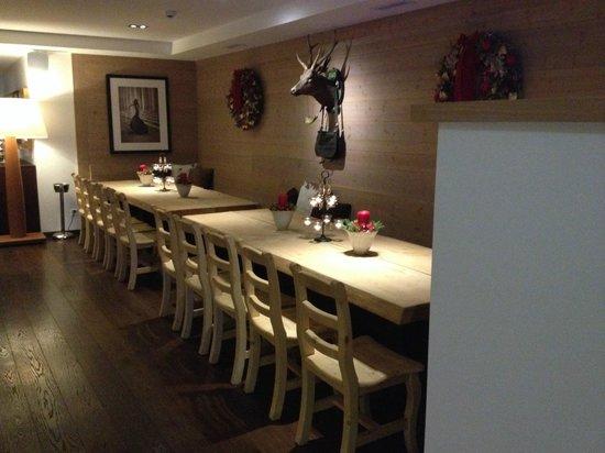Nira Alpina: Restaurant Stars