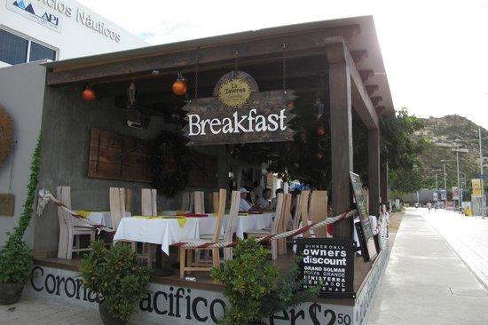La Taverna GastroBar: Blick auf La Taverna