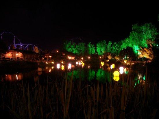 Camp Resort Europa-Park: Camp Resort de nuit