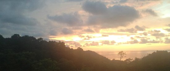 Hostel Vista Serena : sunset