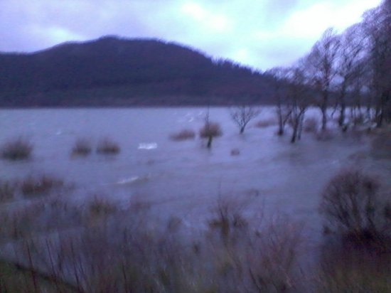 Bassenthwaite Lakeside Lodges : Lake in flood!