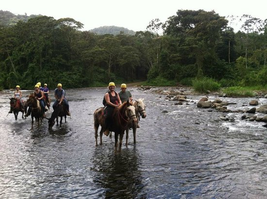 Rancho Margot: River crossing