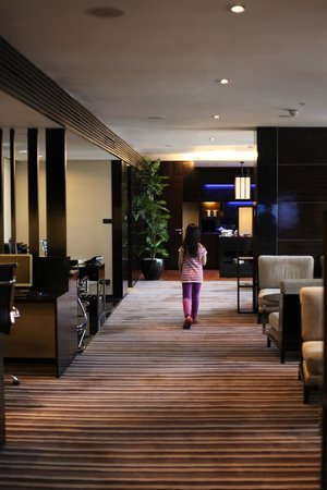 Crowne Plaza Semarang: club lounge