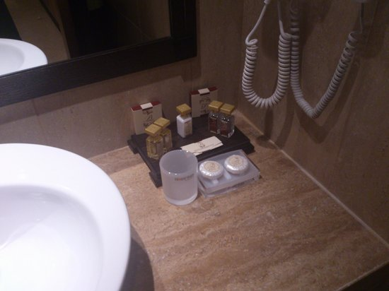 BEST WESTERN PLUS Bristol Hotel: Productos de higiene