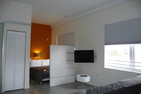 Jetset Franklin: studio apartment