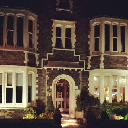Jerichos Guest House: Jerichos on a Winter Night