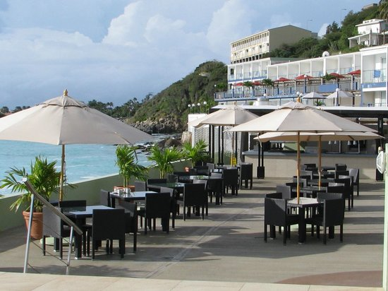 Sonesta Great Bay Beach Resort, Casino & Spa: Beach restaurant